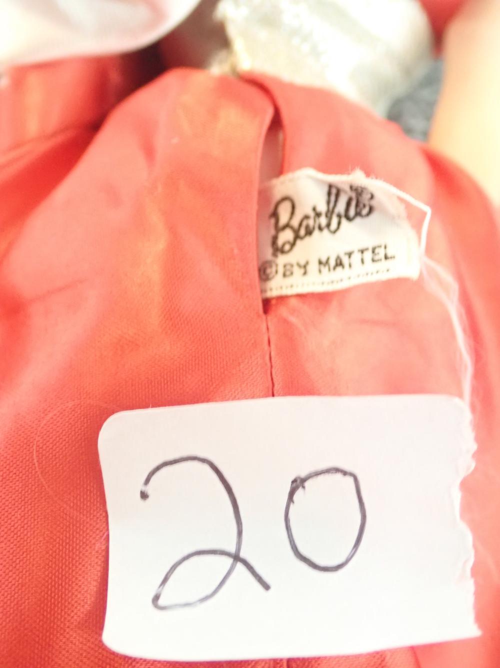 MIDGE 1962 BARBIE 1958 BY MATTEL INC US PENDING TAIWAN PATENT - HAS EYE LASHES - ORIGINAL CLOTHES
