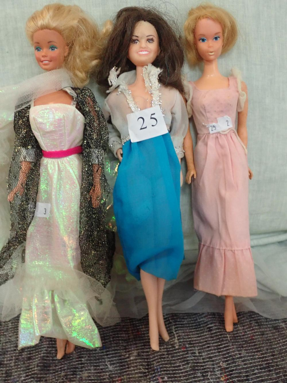 3 BARBIE DOLLS (1) MATTEL INC. 1966 KOREA 5 - HOLE UNDER FEET (2) MATTEL 1966 US & FOREIGN PATENTED OTHER PATS PENDING MADE IN KOREA - HOLE UNDER FEET (3) BARBIE MATTEL INC 1966 MADE IN PHILIPPINES