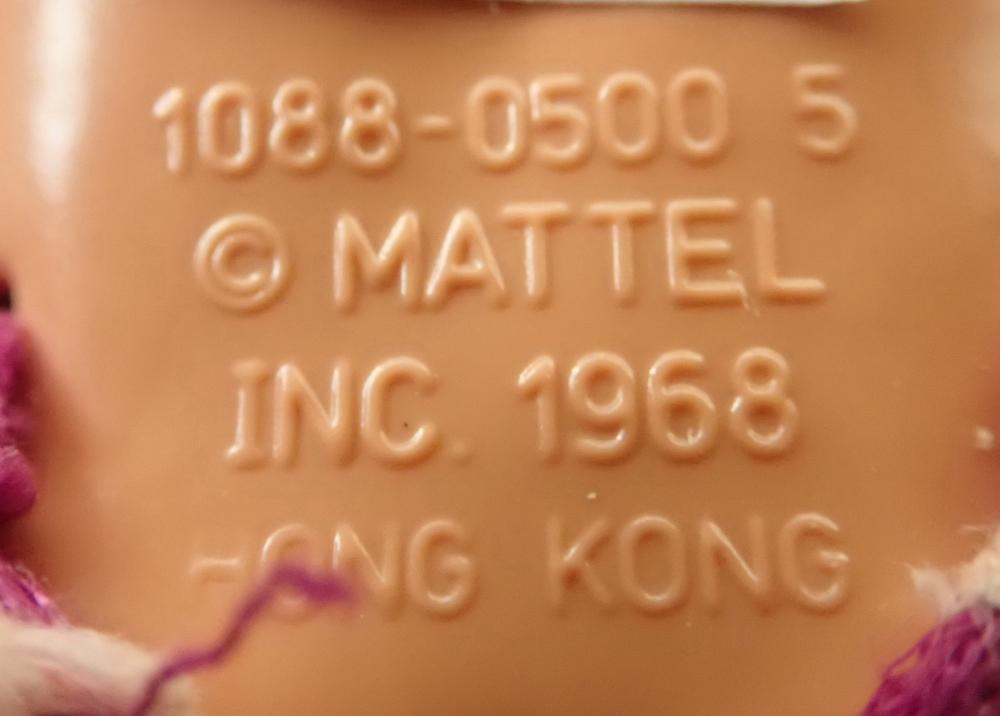2 MATTEL KEN DOLLS (1) IN ORIGINAL SWIMWEAR 1088-0500-5 MATTEL INC 1968 HONG KONG CLICK KNEES BEND IN 3 POSITIONS (2) KEN DOLL 1968 MATTEL INC MALAYSIA