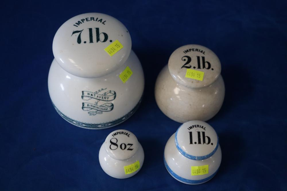 5 VINTAGE IMPERIAL CERAMIC WEIGHTS INCL 7LB, 2LB, ILB & 8OZ MARKED W&T AVERY BIRMINGHAM