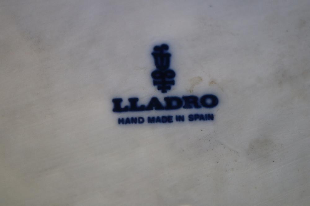 LARGE LLADRO STORKS FIGURE GROUP, 58CM H