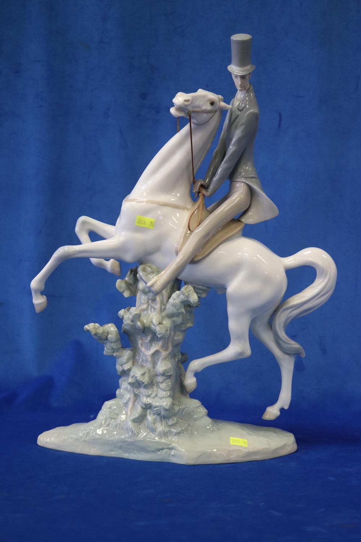 LARGE LLADRO HORSE & RIDER FIGURE, 50 CM H