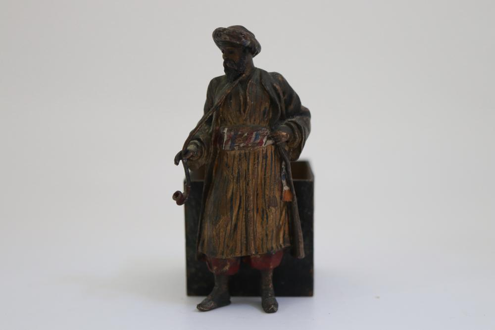 COLD PAINTED BRONZE ARABIAN MAN WITH PIPE, ATTRIBUTED TO BERGMAN, SINGED BELOW INDISTINCTLY