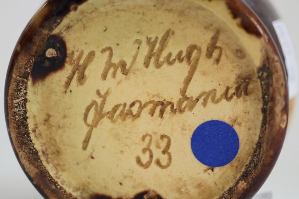 H MCHUGH TASMANIAN POTTERY FROG