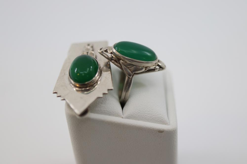 STERLING SILVER ARTS & CRAFTS RING THE GREEN STONE SIZE 1.5 AND STERLING SILVER DRESS CLIP WITH GREEN STONE