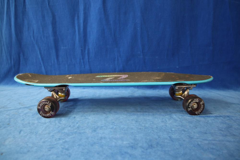 2 Z FLEX SKATE BOARDS