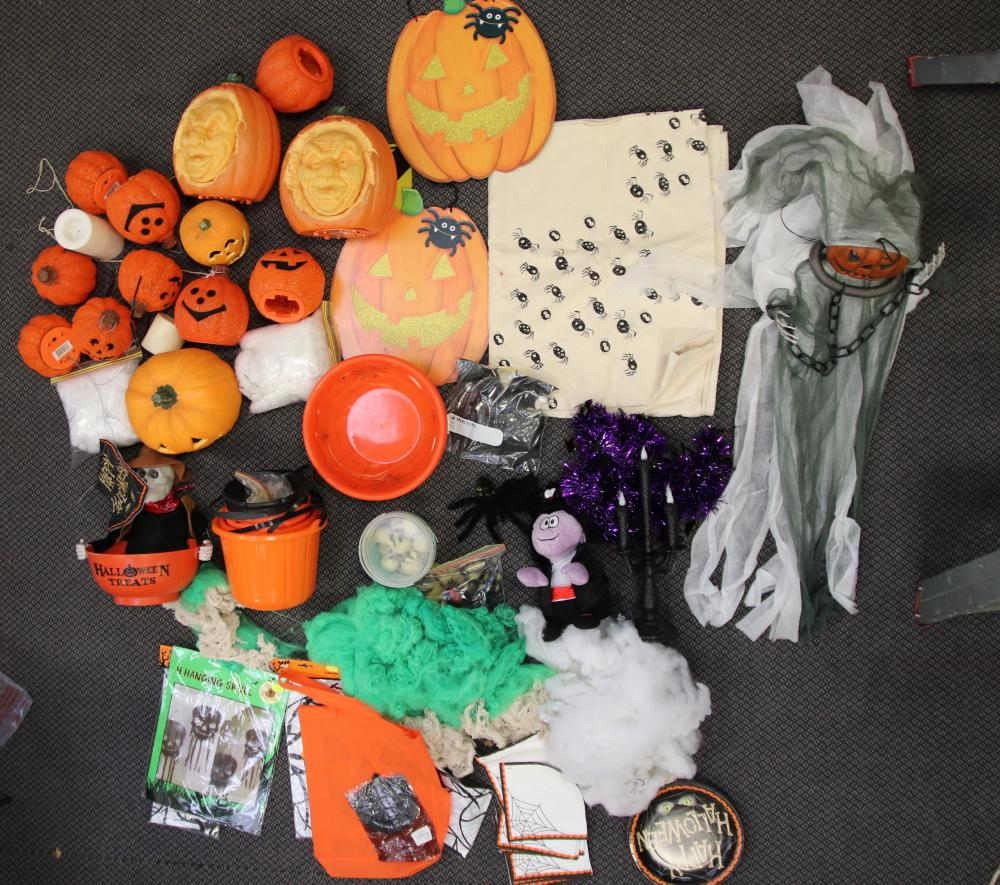 3 BOXES OF ASSORTED HALLOWEEN DECORATIONS