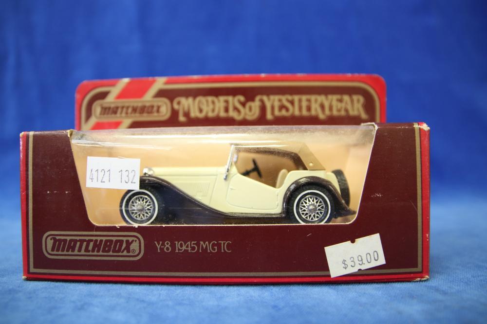 12 MATCHBOX MODELS OF YESTERYEAR MODEL CARS