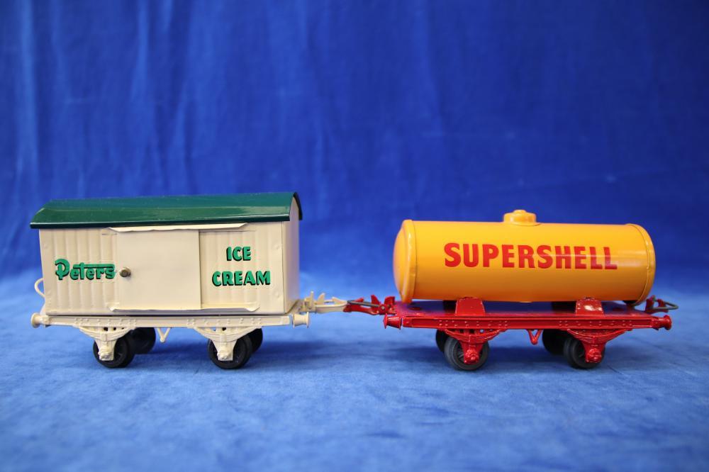 2 ROBILT O GAUGE TRAIN WAGONS, PETERS ICE CREAM & SUPERSHELL