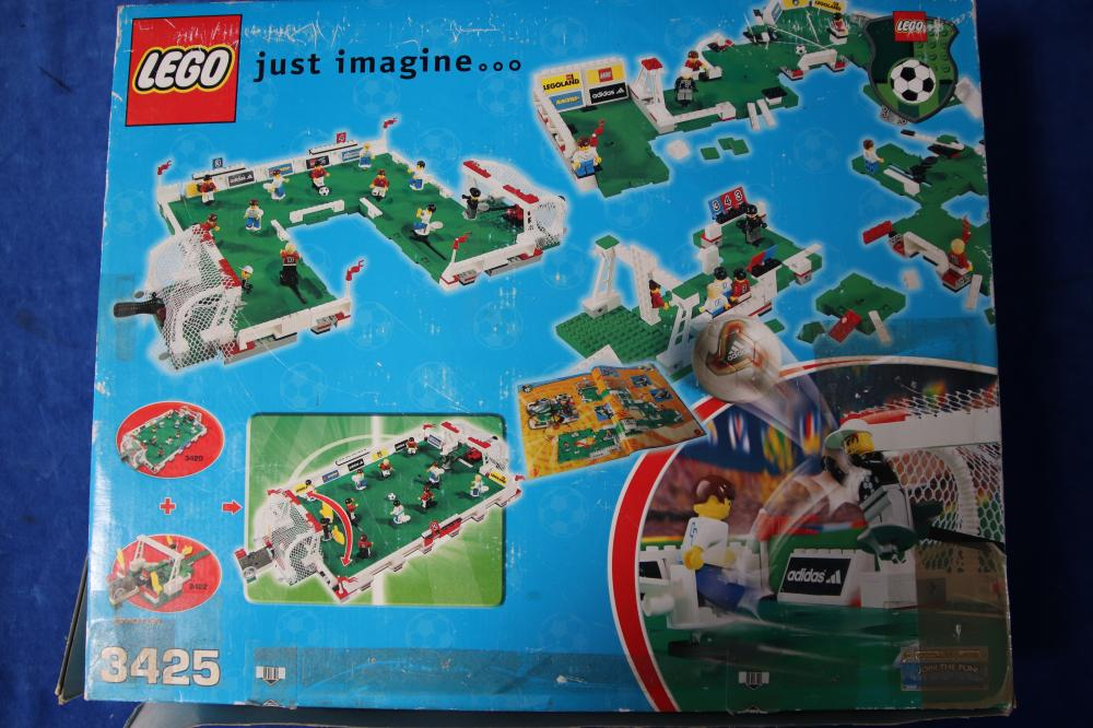 LARGE BOXED LEGO SET #3425 ( 6 TINY PIECES MISSING)
