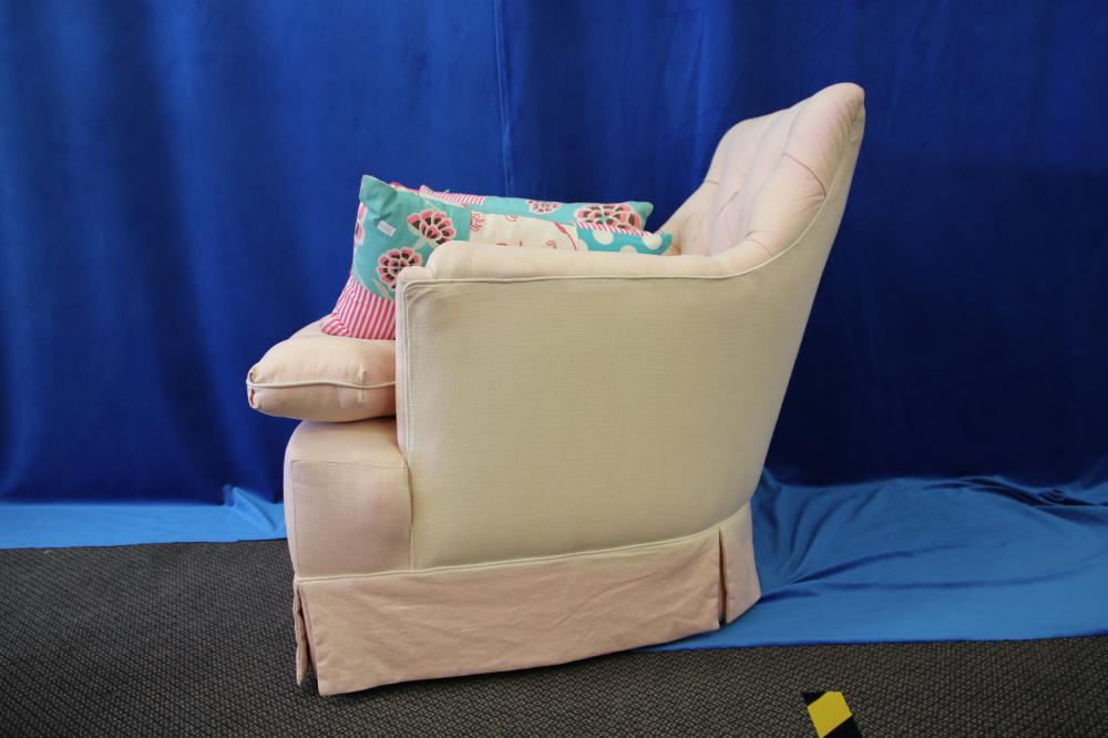 KIDS ARMCHAIR WITH CUSHIONS & OTTOMAN
