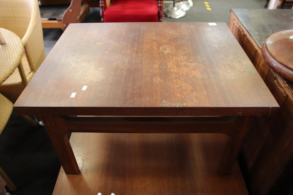 HEAVY TIMBER COFFEE TABLE & MATCHING SIDE TABLE( MARKS TO THE TOP)