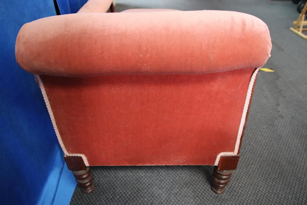 PINK UPHOLSTERED CHAIR/CHAISE