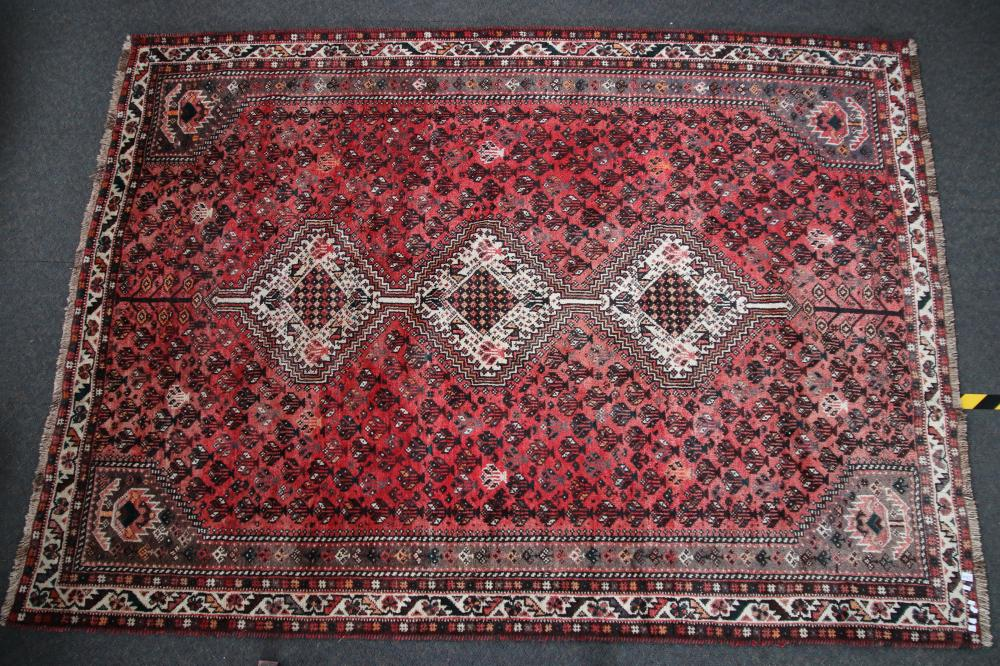 LARGE RED & CREAM WOOLEN PERSIAN HAND KNOTTED FLOOR RUG, MEASURES 215CM W X 3M L