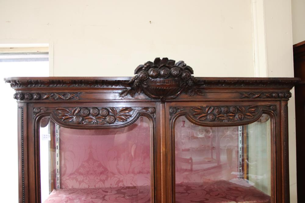 FRENCH LOUIS XV STYLE DISPLAY CABINET, OAK FRAMED, 2 DOOR/DRAWER, HAND CARVED DECORATIONS, MEASURES 120CM W X 188CM H X 42CM D, SOME REPAIRS VISIBLE