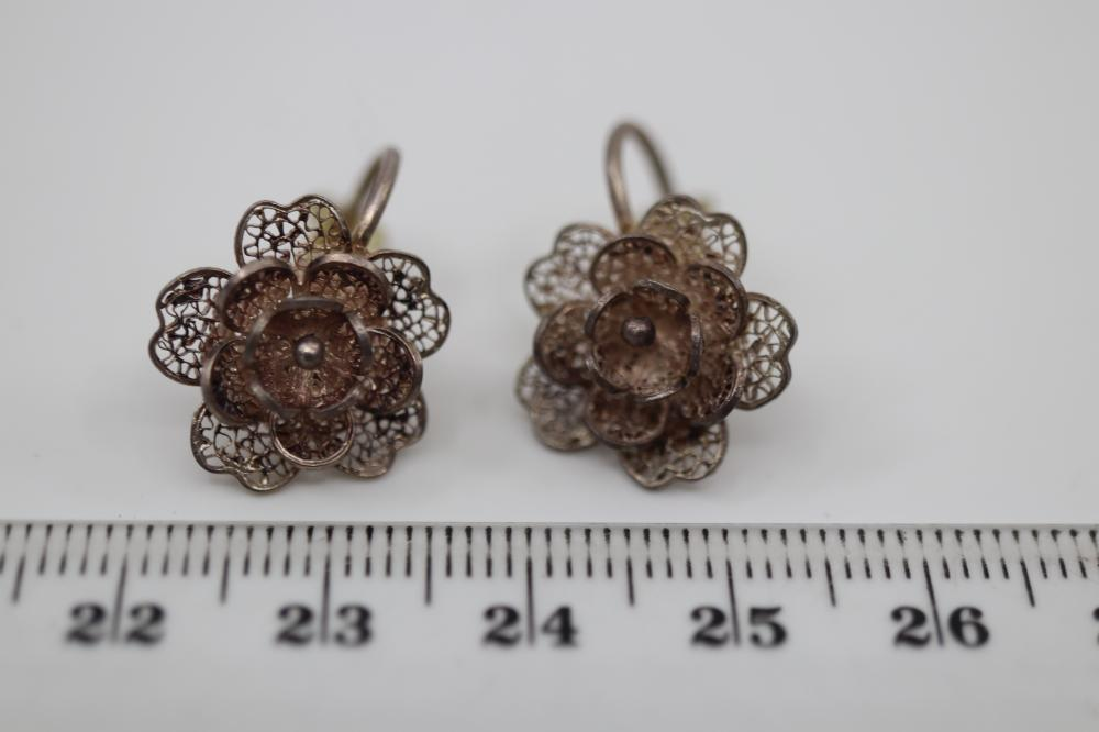 BAG OF STERLING & MARCASITE ITEMS INC EARRINGS AND BROOCHES