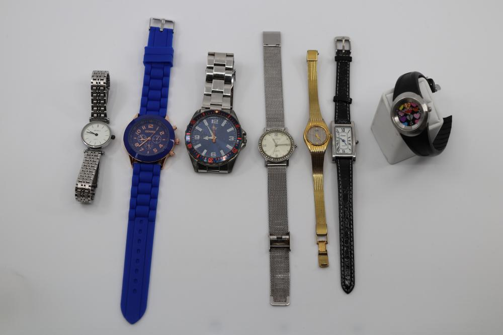 LOT OF WRIST WATCHES INC CITIZEN, ROXY ETC