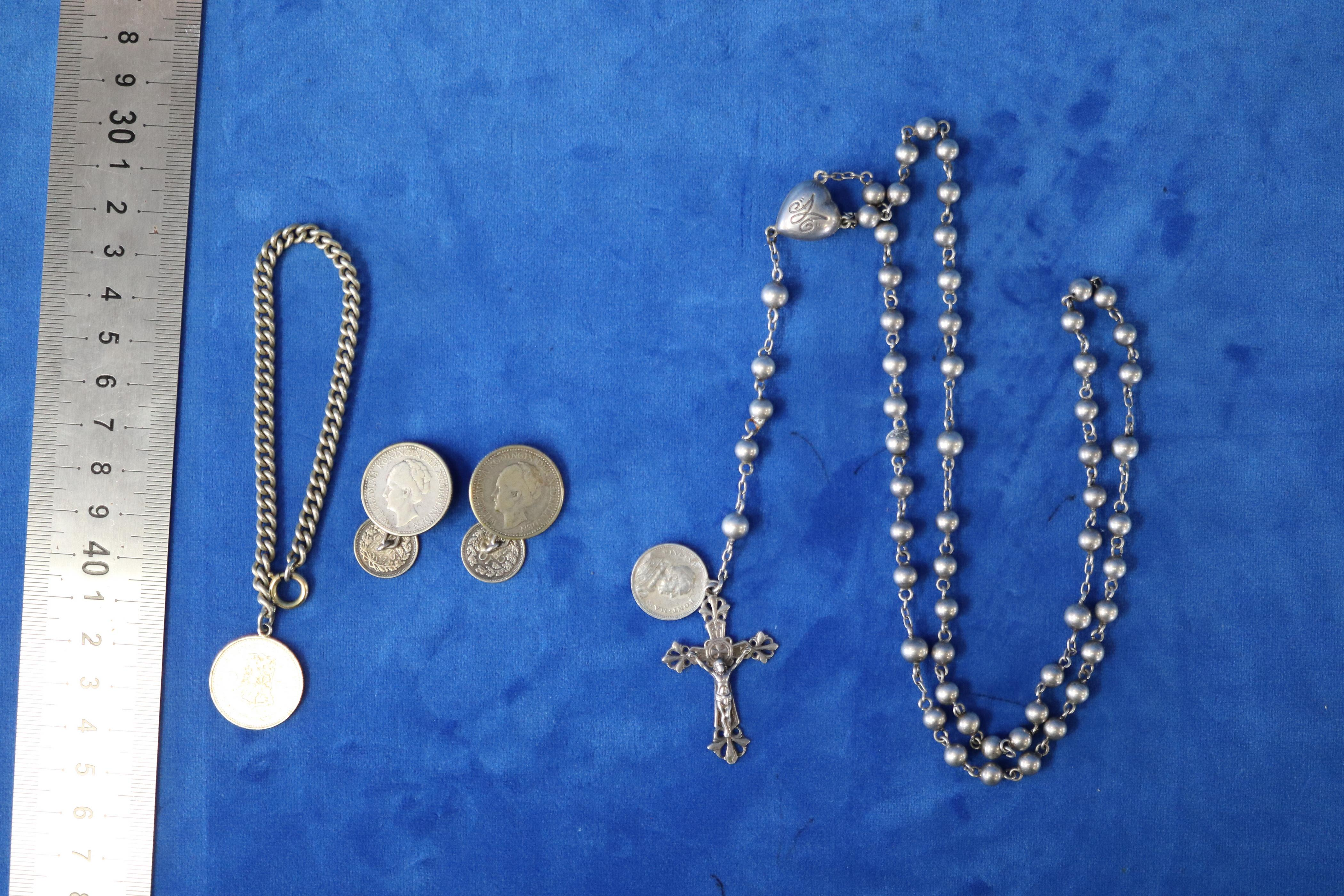 QTY OF DUTCH 1922 COIN JEWELLERY & ROSARY BEADS