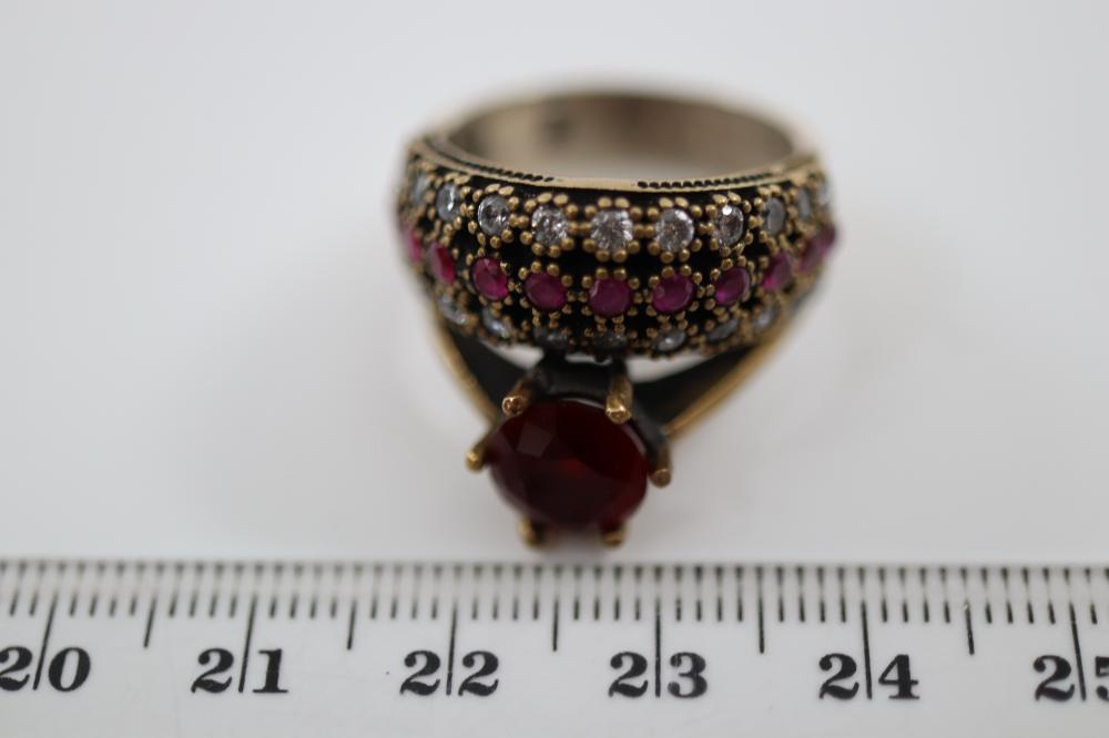 STERLING SILVER TOPAZ & GARNET RING , 9.7 GRAMS TOTAL WEIGHT, SIZE P