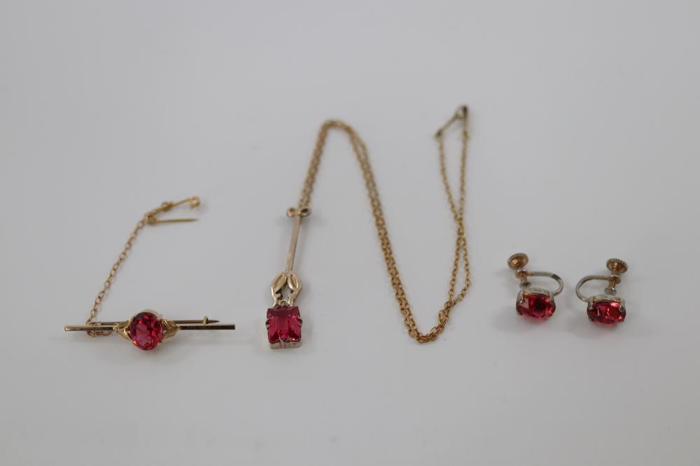 BOXED 9CT SILVER LINED ART NOUVEAU PENDANT , EARRINGS & BROOCH ALL SET WITH PINK STONES