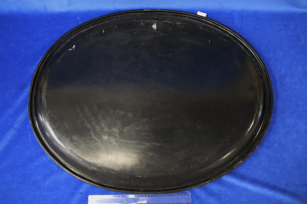 LARGE VICTORIAN OVAL TRAY, BLACK LACQUER WARE WITH HAND PAINTED GOLD OVERLAYS - 800MM W X 630MM D (WEAR TO OVERLAYS, CRACKLING AND MINOR LOSSES TO RIM)