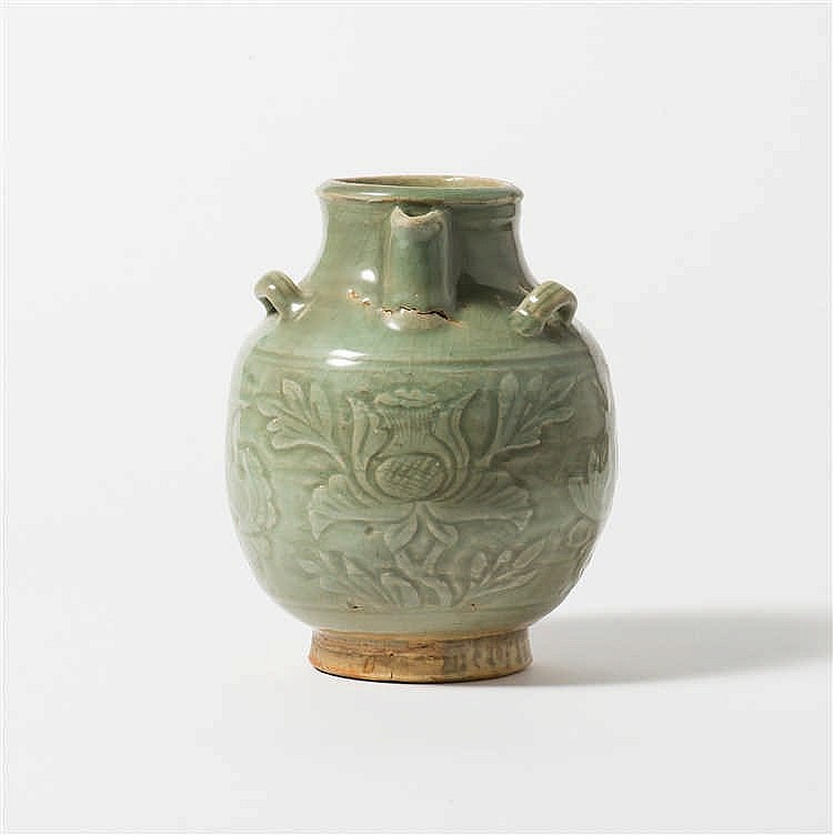 A Longquan celadon ewer
