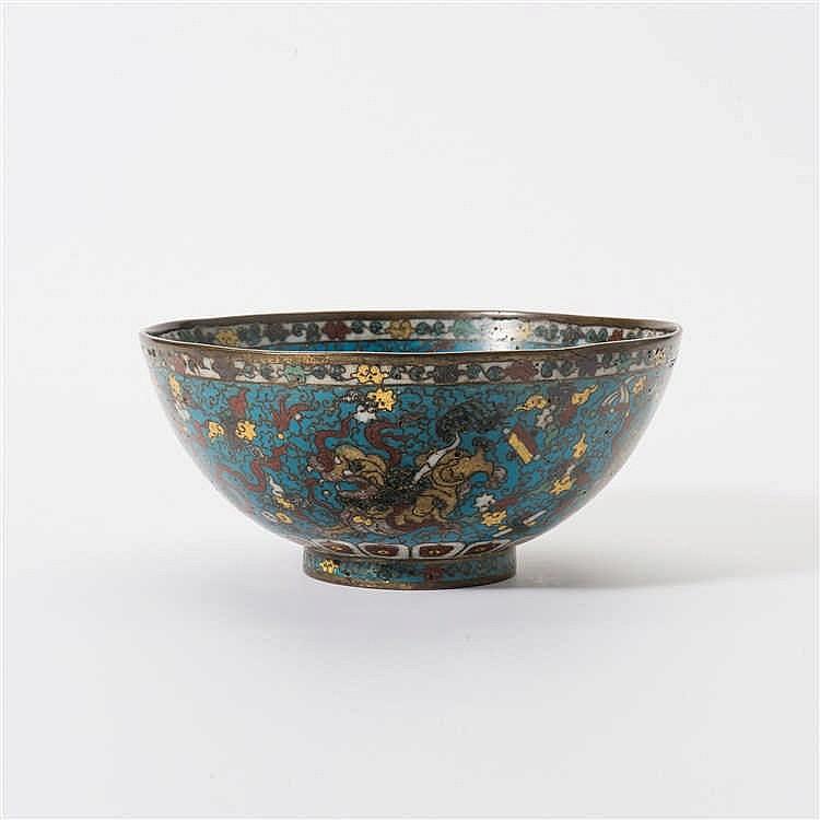 A cloisonné enamel bowl