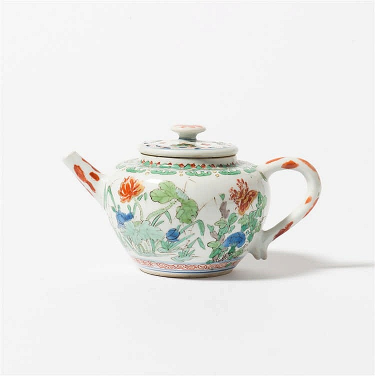 A 'famille-verte' teapot with lid