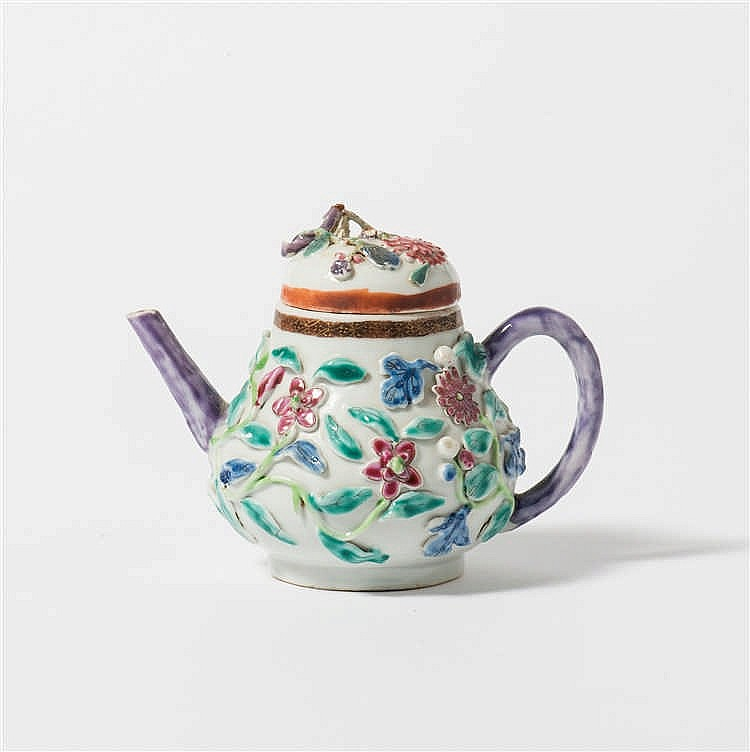 A pear-shaped 'famille-rose' teapot with lid