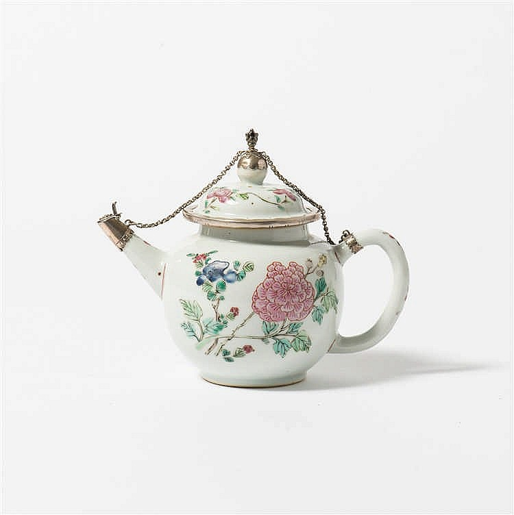A bulbous 'famille-rose' teapot with lid