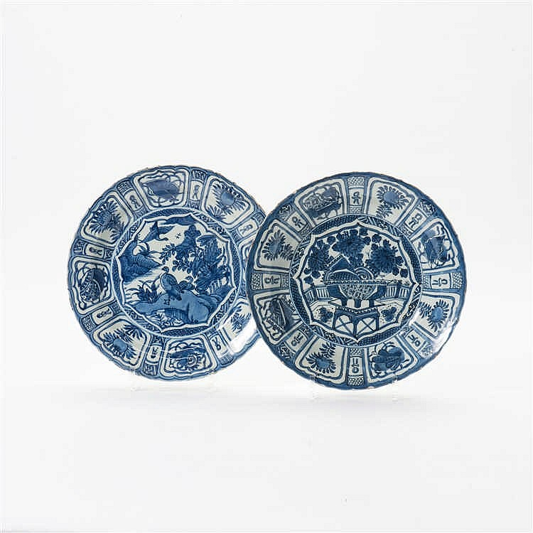 Two 'kraak' porcelain dishes