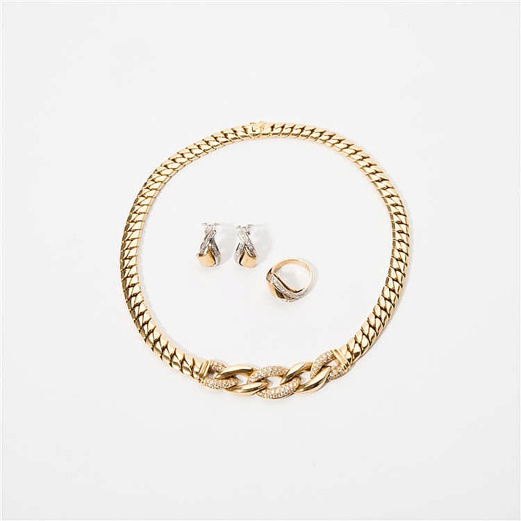 an 18 carat gold steltman necklace with diamonds and a pair
