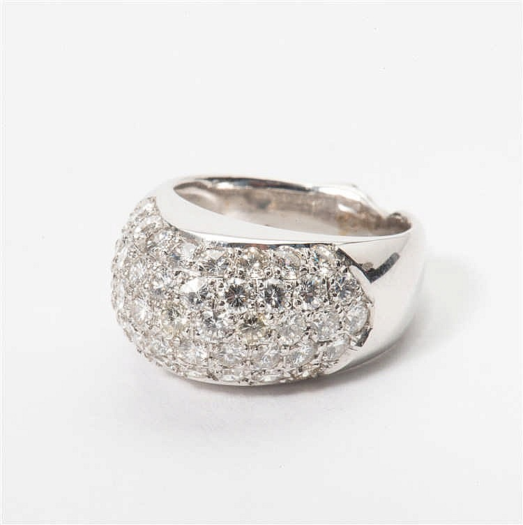 an 18 carat white gold ring with diamonds