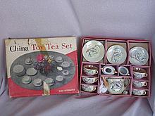 Boxed excellent 21 piece Japan child Toy Tea Set,