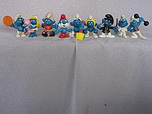 Mixed toys includes:- 9X mostly Schleih Smurf