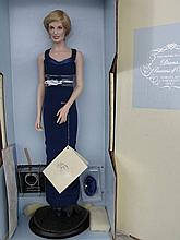 MIB porcelain F/Mint 43cm Princess Diana