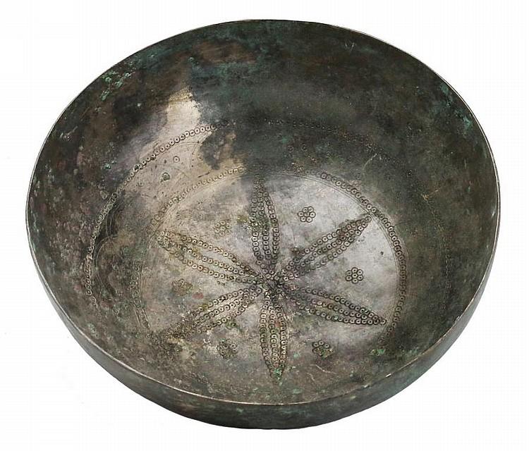 High tin - bronze bowlGandhara, Shahi Dynasty, 6th - 7th century AD