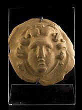 Applique con testa di MedusaItalia meridionale, III - II secolo a.C.