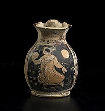 Chous miniaturistico a figure rosseApulia, IV secolo a.C.