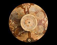 Coperchio di lekanis a figure rosseApulia, fine del IV secolo a.C.