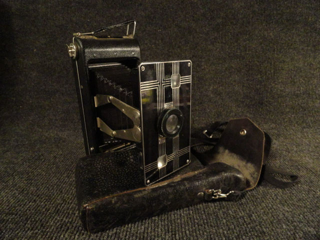 Lot of 2 Antique Cameras 1-Ansco and 1-Jiffy Kodak Six-16