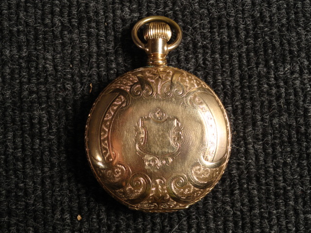 Elegant Solid 14k Gold Elgin Hunting Pocket Watch size 18 17 Jewels c1910 with Pointing Bird Dog