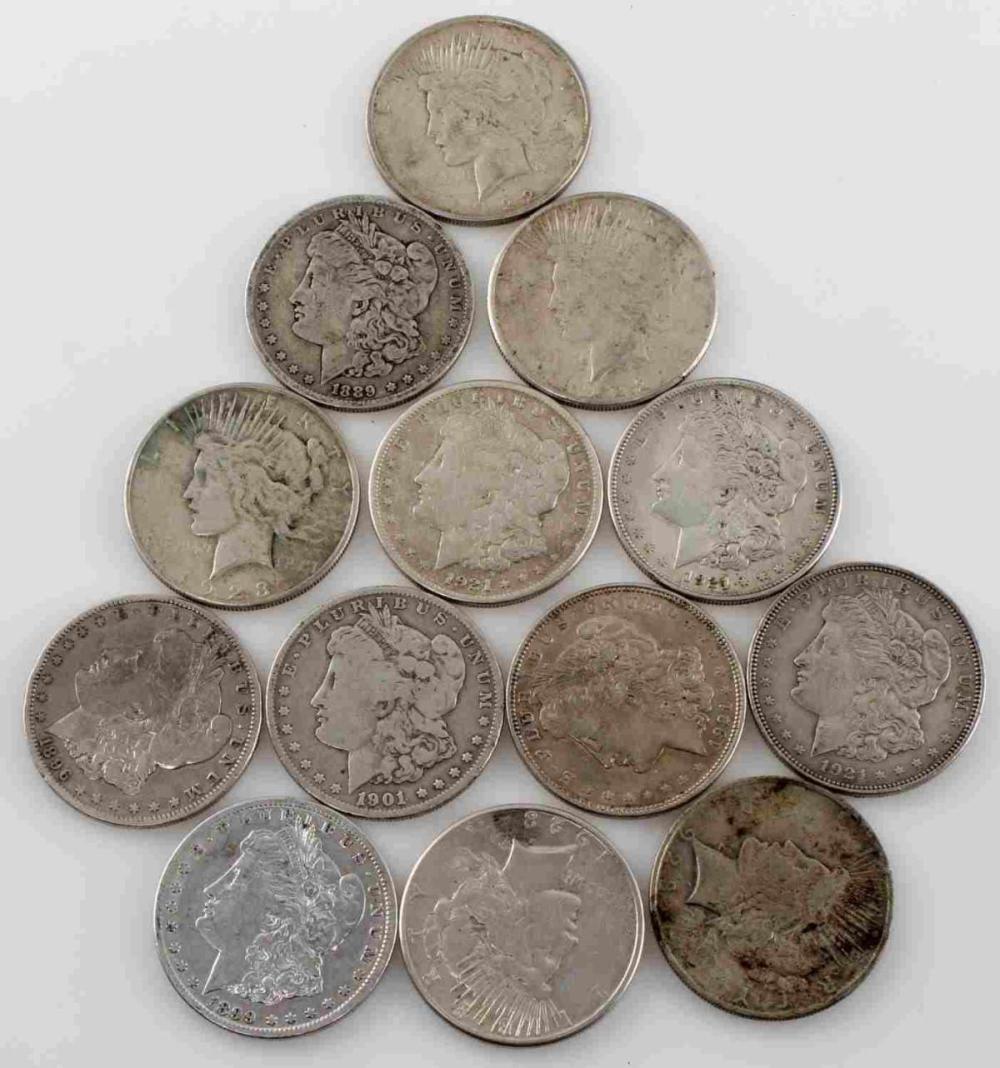 13 MIXED MORGAN AND PEACE SILVER DOLLAR COINS