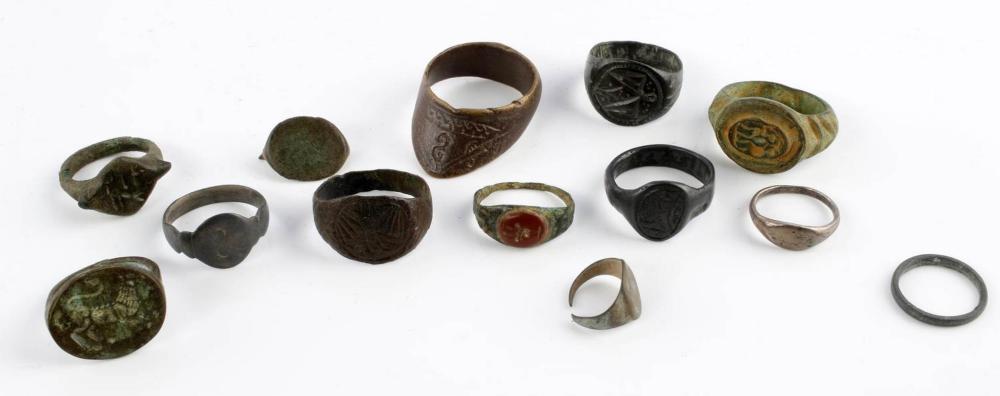 LOT OF 13 ANCIENT ROMAN PERIOD BRONZE RINGS