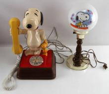 VINTAGE SNOOPY LOT ROTARY PHONE & LAMP ETC PEANUTS