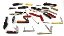 30 PIECE LOT OF ASSORTED POCKET KNIVES