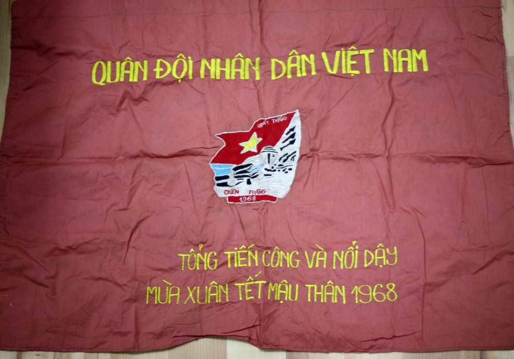 VIETNAM ERA NORTH VIETNAMESE NVA REGIMENT FLAG