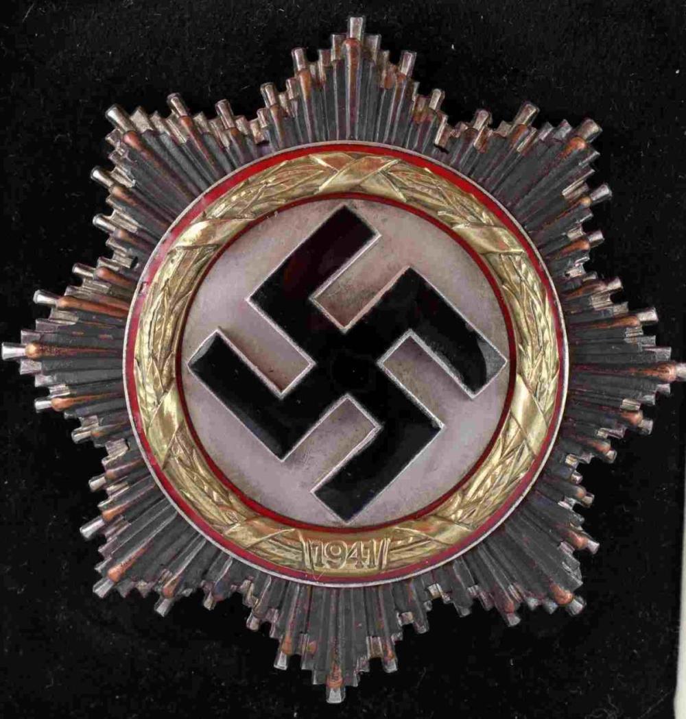 WWII GERMAN THIRD REICH GOLD CROSS MEDAL IN CASE