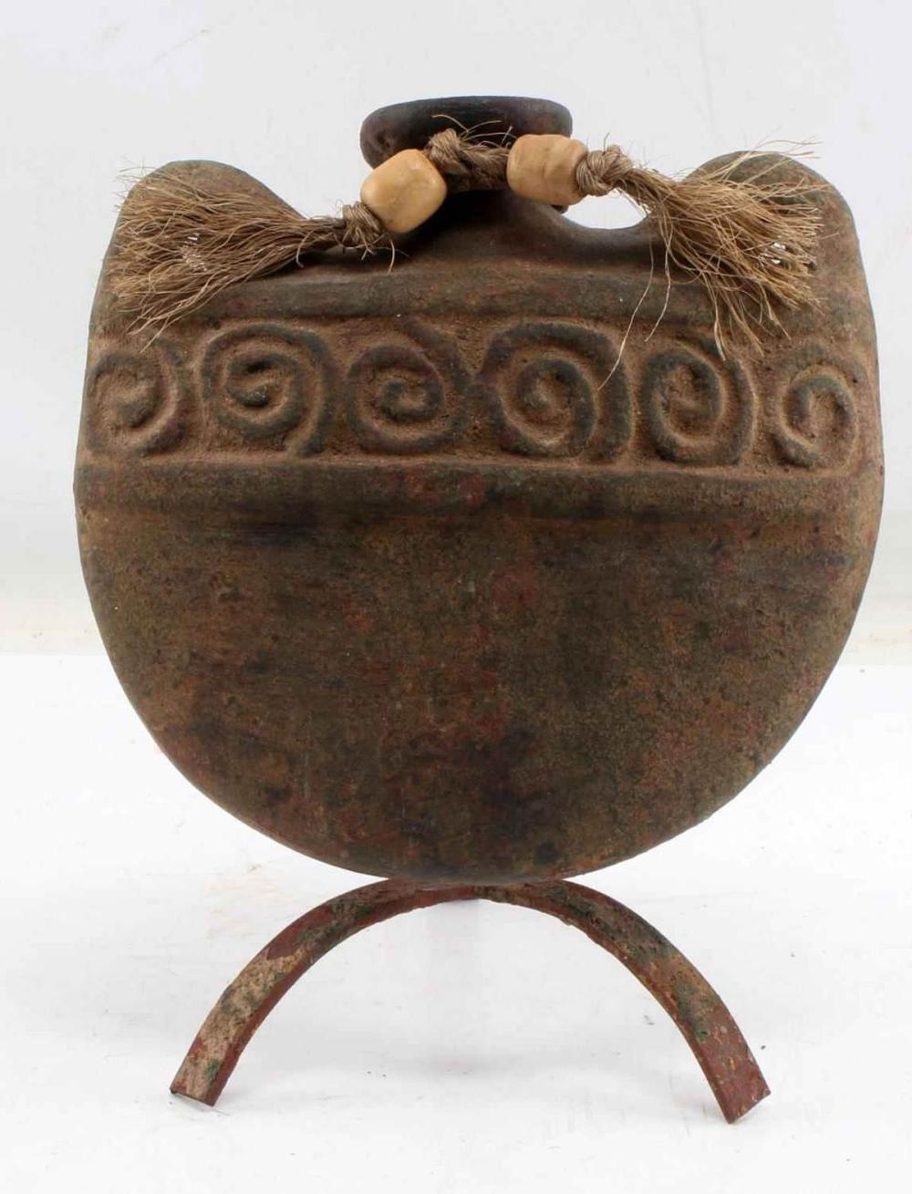 PRE COLUMBIAN STYLE POTTERY VESSEL WITH STAND