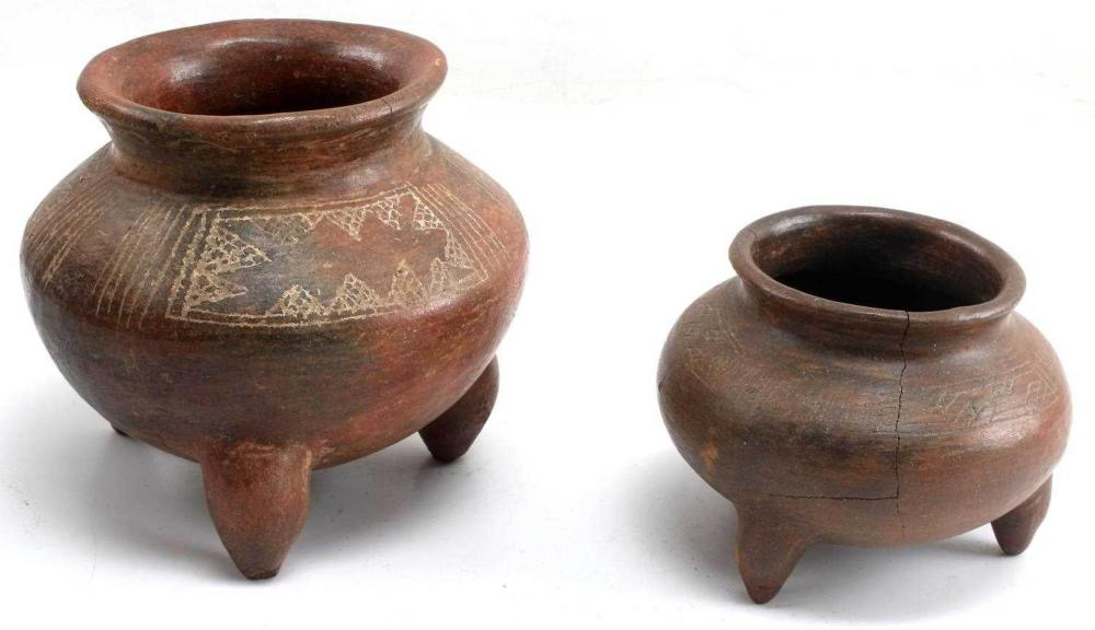 LOT OF TWO PRECOLUMBIAN NICOYA ETCHED TRIPOD BOWLS